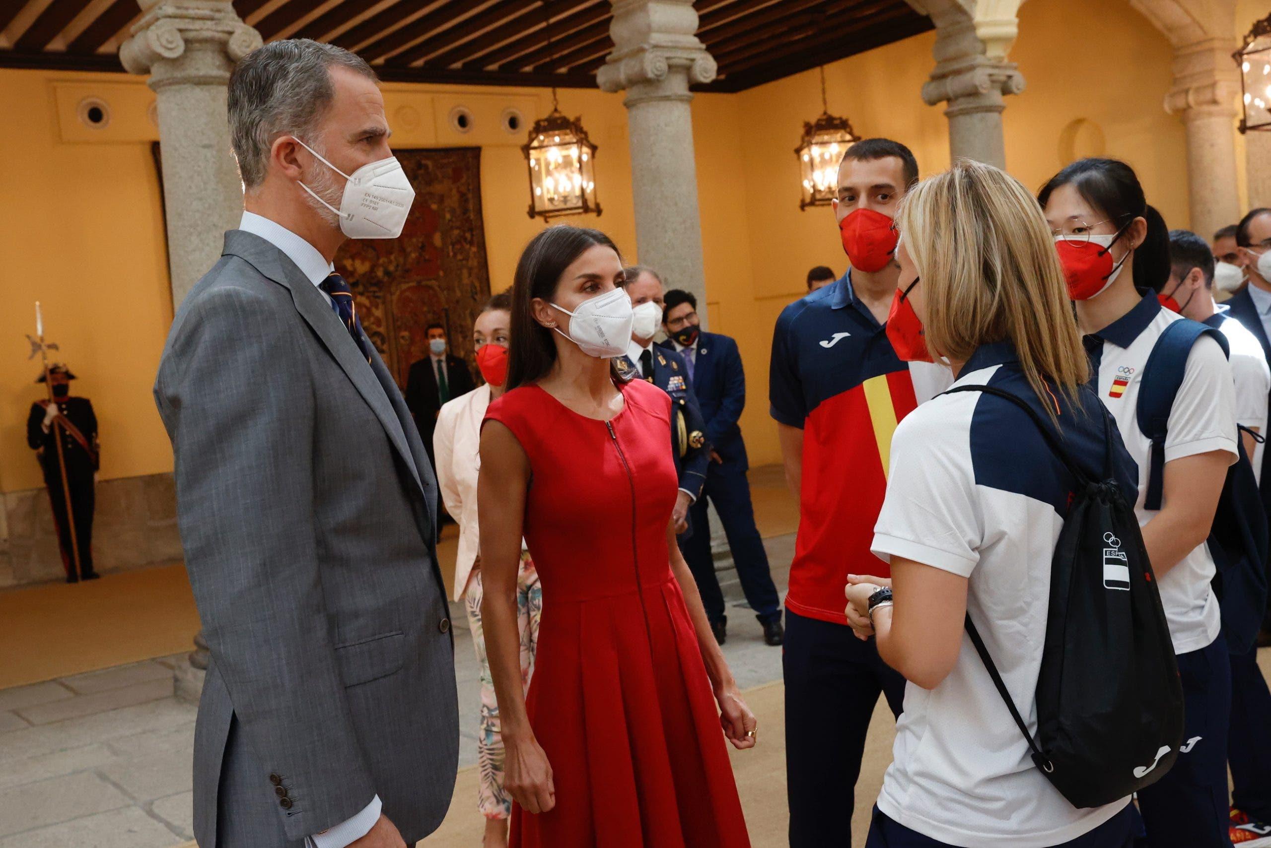 Estupor en Zarzuela: un familiar de Doña Letizia confirma los peores temores de CNI y Casa Real