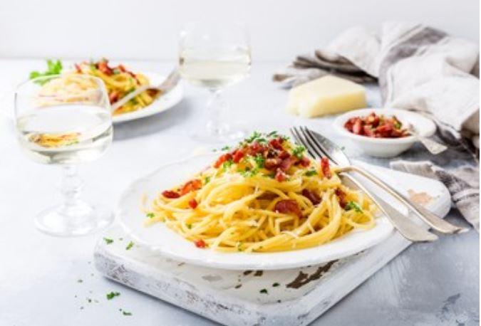 Espaguetis carbonara veganos