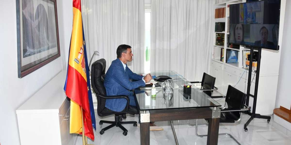 Moncloa intentó ocultar que Sánchez hizo el paripé de 'coordinar' la evacuación de Afganistán en alpargatas