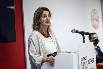 El autocalambrazo de Teresa Ribera: ahora estudia nacionalizar una eléctrica cuando se opuso en enero de 2021