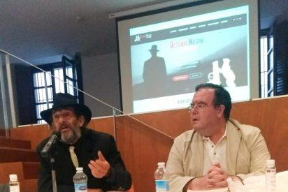 Los escritores José Manuel Cruz y Javier García-Pelayo en el Festival Octubre Negro en Madrid
