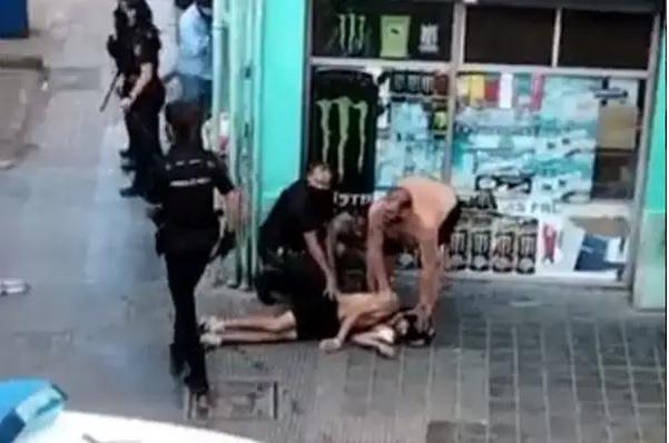 Nueve marroquíes aterran a Valencia con una brutal pelea callejera