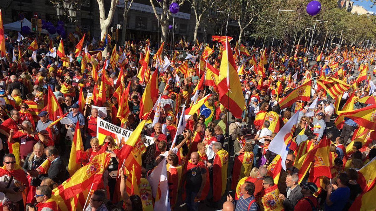 Encuesta: El 80% de Cataluña da la espalda a la Diada y uno de cada dos ciudadanos rechaza la independencia