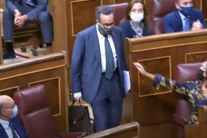 """Tángana en el Congreso: Un diputado de VOX, expulsado por llamar """"bruja"""" a una representante del PSOE"""