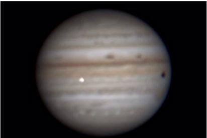 Un misterioso destello en Júpiter es captado por múltiples observaciones desde la Tierra
