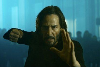 La nueva película de 'Matrix' con 180.000 versiones: hay que elegir entre pastilla roja o azul
