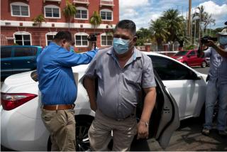 La dictadura de Nicaragua impide salir del país al jefe de prensa del Canal 10