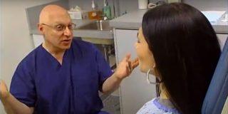 Tras nueve años acudiendo al mismo ginecólogo descubre que es su padre biológico