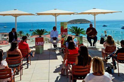 Magaluf celebra el primer Festival de Literatura
