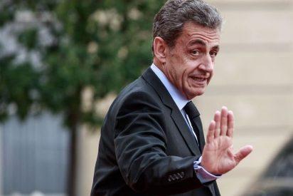 Sarkozy advierte a Sánchez del peligro de su coqueteo con separatistas y herederos de ETA