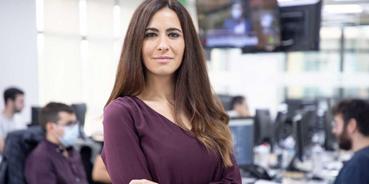 Palos a El Mundo por su última chorrada: fichan a una periodista para enfocar la actualidad a las mujeres