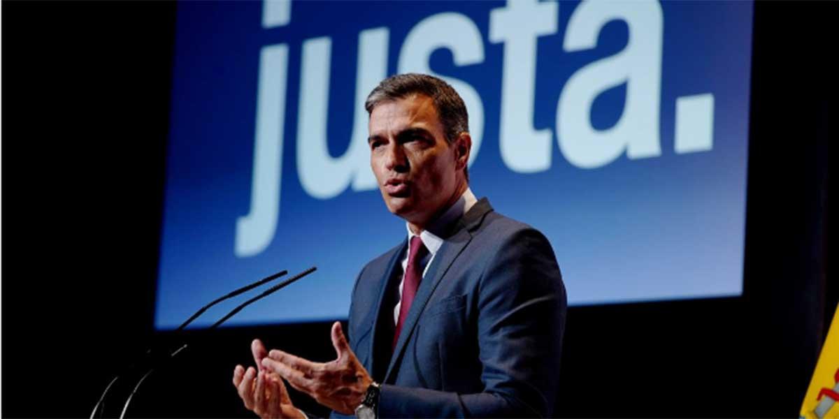 """Sánchez anuncia la """"subida inmediata"""" del salario mínimo y sus palmeros mediáticos aplauden con las orejas"""