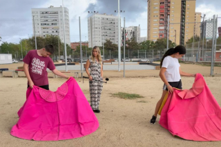 """Catarata de insultos contra unos jóvenes toreros y Cataluña Radio: """"¿Un medio público entrevista a unos torturadores? Hijos de..."""""""