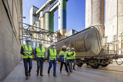 Cementos Portland Valderrivas presenta su Plan Energético y Neutralidad Climática al Gobierno Cántabro