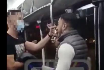 Un policía sufre una brutal agresión de un marroquí por exigir que use la mascarilla en el autobús de Zaragoza