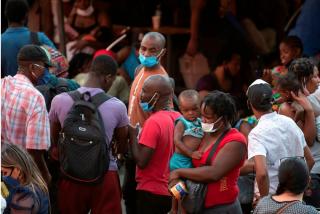 La policía de Chile e Interpol desmantelan una peligrosa red que traficaba con migrantes haitianos