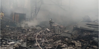 Gran explosión en una fábrica de pólvora en Rusia