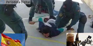 El espectacular instante en que la Guardia Civil atrapa a dos peligrosos yihadistas