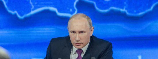 """La premonitoria broma de Putin: """"No quieren gas, no desarrollan la energía nuclear, ¿van a calentarse con leña?"""""""