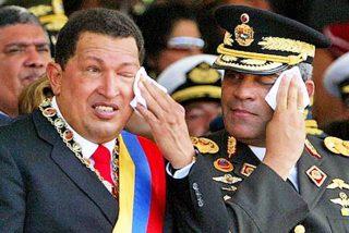 Raúl Isaías Baduel: El militar y compadre de Hugo Chávez que Maduro dejó morir encarcelado