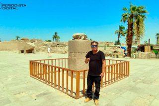 """Egipto: Pidiendo un deseo al """"Escarabajo del Faraón Amenofis III"""""""